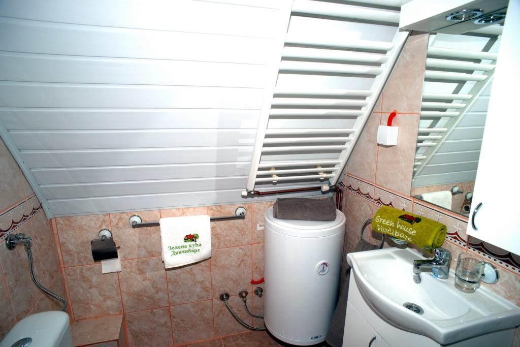27-Green House Divcibare Kuca Smestaj Apartmani-Sprat Kupatilo Unutra