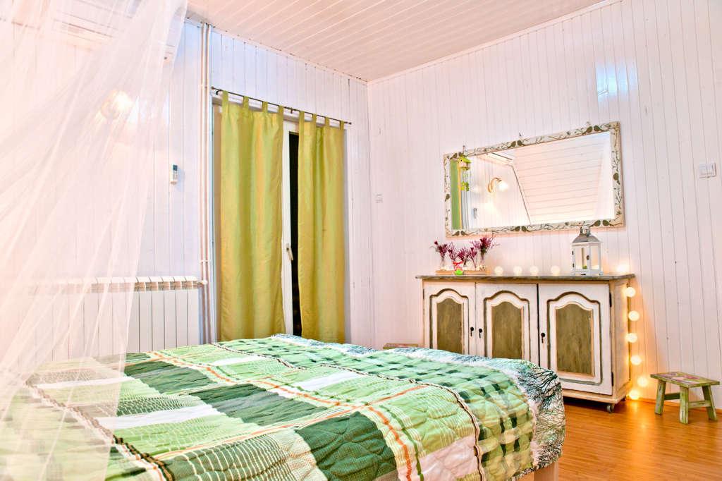 Apsolutno Romanticno Green House Divcibare